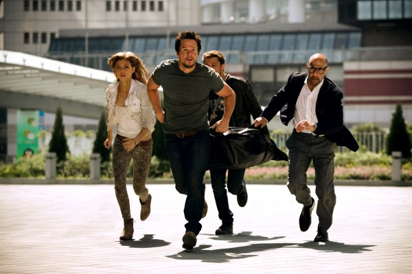 transformers-age-of-extinction-mark-wahlberg-stanley-tucci-600x400