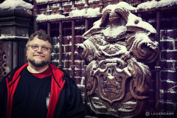 guillermo-del-toro-crimson-peak-comic-con-600x400